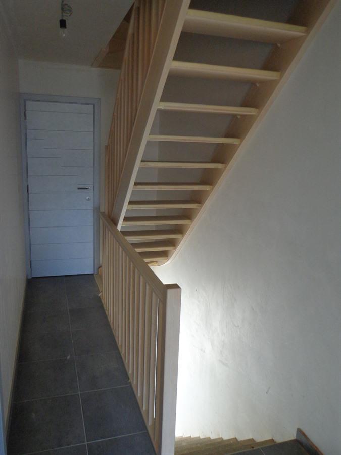 houten trappen en binnendeuren op maat gemaakt wetteren